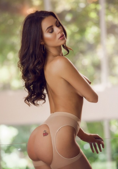 Lana Rhoades 13