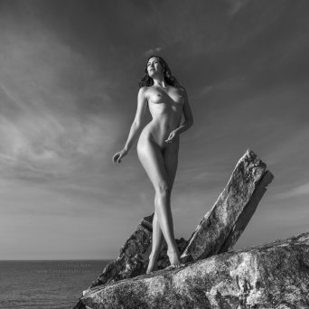 Copyright by Thomas Holm 2017, All rights reserved. Model: Sienna Hayes #CommandoArt #ArtNude #Sensual #thomasholm #photography #thomasholmphotography